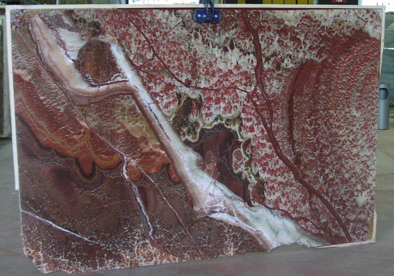 Pavimento Marmo Rosso : Marmi di carrara srl rosso vulcano marmo blocchi lastre